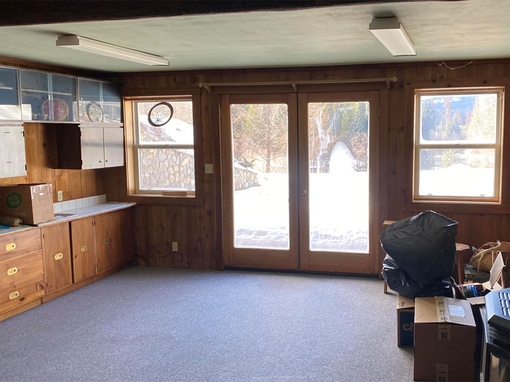 Yaak Riverfront Custom Log Home for Sale
