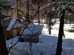 Off Grid Yaak Rivertront Cabin for Sale